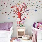Кровати девочек расположены по обе стороны от дерева жизни. (детская,игровая,детская комната,детская спальня,дизайн детской,интерьер детской,скандинавский,мебель,интерьер,дизайн интерьера)