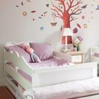 Под кроватями находятся выдвижные ящики для вещей и игрушек. (детская,игровая,детская комната,детская спальня,дизайн детской,интерьер детской,хранение,гардероб,шкаф,комод,мебель,скандинавский,интерьер,дизайн интерьера)