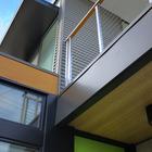 Фасад дома из металла.