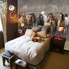 Фотообои в изголовье кровати привносят природу прямо в спальню. (лошади,кони,фотографии лошадей,картины лошадей,,спальня,дизайн спальни,интерьер спальни,традиционный,интерьер,дизайн интерьера)