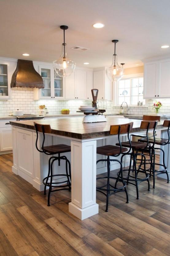 Барные стулья в индустриальном стиле добавляют нотки стиля лофт в интерьер.
