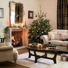 Почти круглая елка с золотистыми елочными игрушками. (год обезьяны,елка,новогодняя елка,рождественская елка,новый год,дед мороз,рождество,сделай сам,самоделки,интерьер,дизайн интерьера)