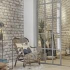 Плетеное кресло естественно смотрится на фоне кирпичной стены. (индустриальный,лофт,винтаж,стиль лофт,индустриальный стиль,интерьер,дизайн интерьера,мебель)