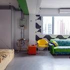 Гостиная и спальня образуют единое пространство.
