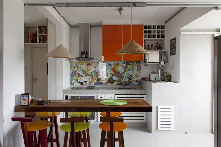 Барная стойка вместо стола на кухне