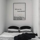 Кровать занимает всю ширину алькова. (интерьер,дизайн интерьера,мебель,квартиры,апартаменты,скандинавский,спальня,дизайн спальни,интерьер спальни)