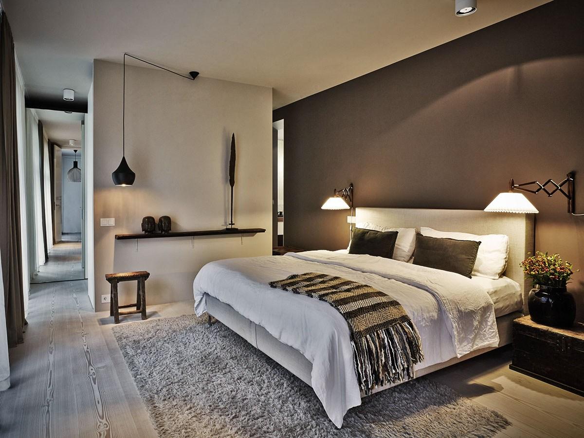 Светильники в спальне являются важной частью интерьера.