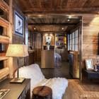 Кухня находится прямо рядом с гостиной. (деревенский,сельский,кантри,дизайн,интерьер,дизайн интерьера,мебель,квартиры,апартаменты,гостиная,дизайн гостиной,интерьер гостиной,мебель для гостиной)