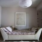 Необычная кровать в одной из детских спален. (1950-70е,середина 20-го века,архитектура,дизайн,экстерьер,интерьер,дизайн интерьера,мебель,детская,игровая,детская комната,детская спальня,дизайн детской,интерьер детской)