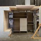 Изготовление системы Domino Loft в мастерской Oakland.