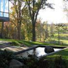 Пруд рядом с домом (фонтан,пруд,фото,вода,каскад,водопад,терраса,сад,на открытом воздухе,патио)