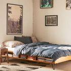 Кровать в стиле 60-70х годов с книжными полками.
