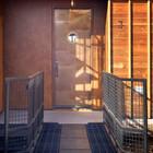 Вход в дом. (индустриальный,лофт,винтаж,стиль лофт,индустриальный стиль,архитектура,дизайн,экстерьер,интерьер,дизайн интерьера,мебель,вход,прихожая)