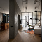 По замыслу автора однокомнатная квартира в стиле лофт должна хорошо подойти холостяку или холостячке.