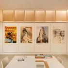 Домашняя студия освещена рассеяным естественным светом (студия,домашний офис,офис,мастерская,индустриальный,лофт,винтаж,современный,мебель,архитектура,дизайн,интерьер,экстерьер)