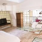Спальня в мезонине с окном в потолке и остеклением в полу, чтоб осветить кабинет под спальней. (индустриальный,лофт,винтаж,стиль лофт,индустриальный стиль,интерьер,дизайн интерьера,мебель,архитектура,дизайн,экстерьер,квартиры,апартаменты,спальня,дизайн спальни,интерьер спальни)