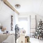 Спальня подготовленная к новому году оформлена в светлых и натуральных тонах. (спальня,дизайн спальни,интерьер спальни,детская,игровая,детская комната,детская спальня,дизайн детской,интерьер детской,скандинавский,деревенский,сельский,кантри,сделай сам,самоделки, новый год, рождество, новогодний декор, рождественский декор)