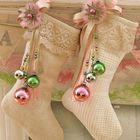 Чулочки украшенные кружевом и шариками.