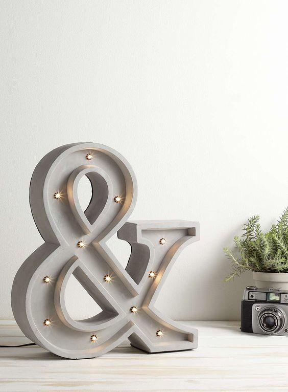 Светильник и элемент декора. Точно также можно отлить любые буквы.