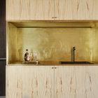 Небольшая кухонная ниша может скрыть небольшой беспорядок.
