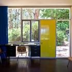 Домашний офис со входом с отдельным входом. (1950-70е,середина 20-го века,медисенчери,медисенчери модерн,средневековый модерн,модернизм,mcm,архитектура,дизайн,экстерьер,интерьер,дизайн интерьера,мебель,домашний офис,офис,мастерская)