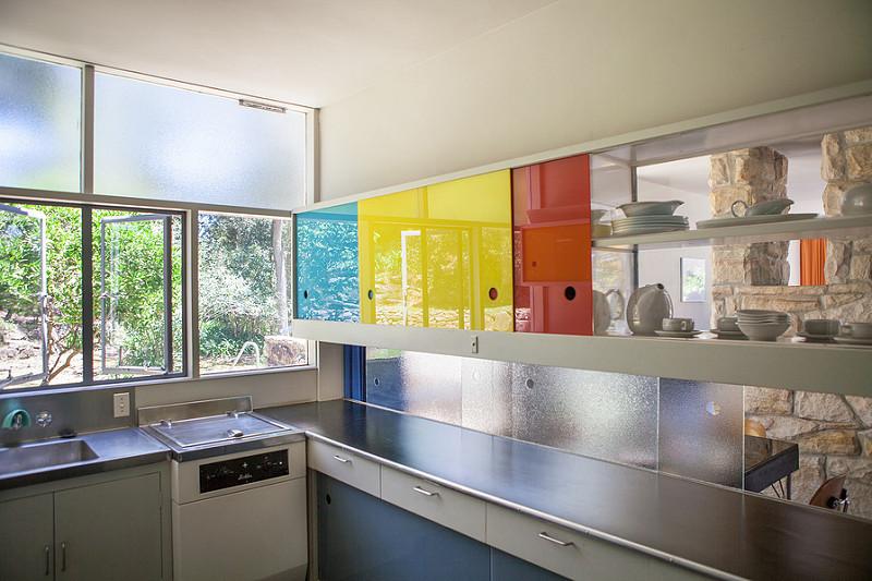 Невероятно современная кухня для 1950-го года.