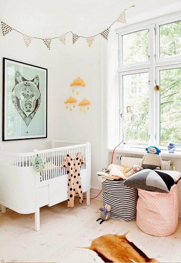 Красивые мешки для игрушек будут значительно практичнее и удобнее ящиков и шкафов, когда игрушки прийдется собирать