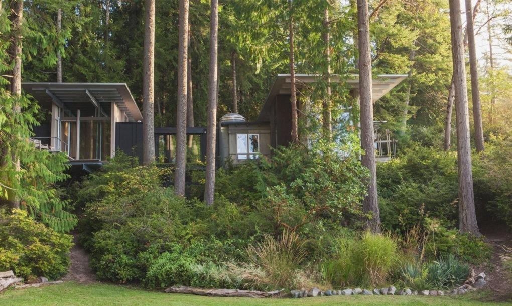 Прекрасный модернистский дом у озера Джима Олсона