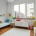 На большом ковре детям будет удобно играть. (детская,игровая,детская комната,детская спальня,спальня,современный,мебель,архитектура,дизайн,интерьер,экстерьер,сделай сам,самоделки,квартиры,апартаменты,строительство,ремонт,модернизация,реконструкция)