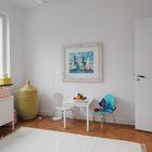 Детский столик для рисования пригодится в любой детской комнате.