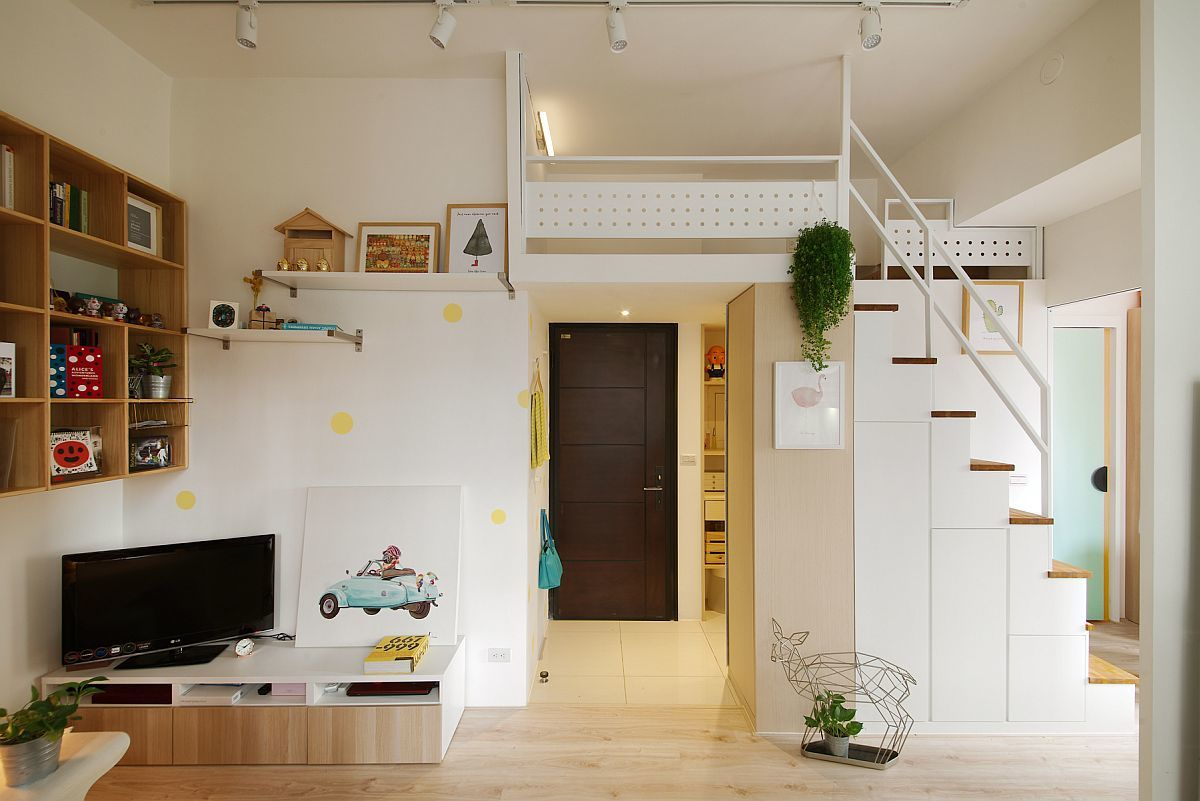 Небольшая городская квартира в двух уровнях. С гостевой спальней на втором уровне