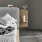 Вариант кровати с широким изголовьем дополненным полочками. (спальня,дизайн спальни,интерьер спальни,фото спальни,мебель для спальни,кровать,интерьер,дизайн интерьера,мебель,хранение,гардероб,шкаф,комод,минимализм)