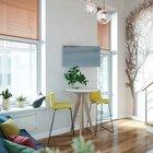 Вместо традиционного стола применен высокий стол с такими же высокими барными стульями как в кафетерии. Такой прием вытягивает пространство вверх. (современный,минимализм,интерьер,дизайн интерьера,мебель,маленький дом,квартиры,апартаменты,столовая,дизайн столовой,интерьер столовой,мебель для столовой,фото столовой,идеи столовой)