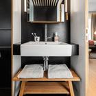 Традиционно в номере присутствует ванна с по-домашнему удобным дизайном. (ванна,санузел,душ,туалет,мебель,архитектура,дизайн,интерьер,экстерьер,современный)