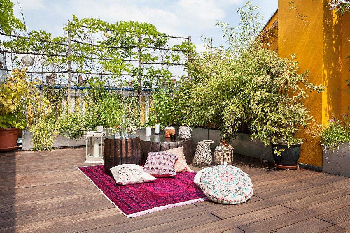 В мегаполисе большая озелененная терраса прилегающая к квартире может стать настоящим бонусом