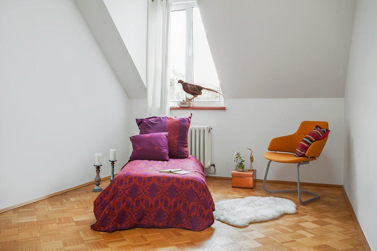 Вторая спальня по размерам чуть меньше главной