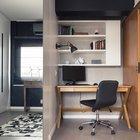 Небольшой домашний офис в нише. (индустриальный,лофт,винтаж,стиль лофт,индустриальный стиль,интерьер,дизайн интерьера,мебель,квартиры,апартаменты,домашний офис,офис,мастерская,фото домашнего офиса,мебель для омашнего офиса,идеи домашнего офиса,компьютерный стол)