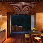 Кухня-столовая (столовая,на открытом воздухе,патио,кухня,современный,пляжный,маленький дом,архитектура,дизайн,интерьер,экстерьер)