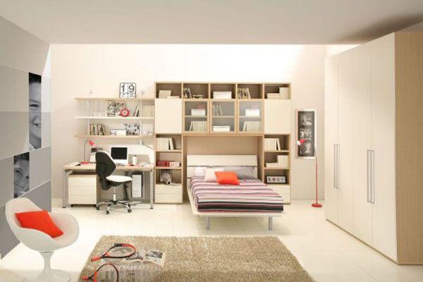 Современная подростковая детская комната в светлых тонах и мебелью в стиле минимализм.