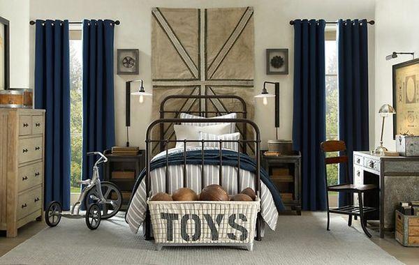 Винтажная отлично декорированная детская в индустриальном стиле уютна и гостеприимна.