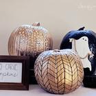 Окрашенные и украшенные блестками тыквы выглядят очень нарядно (сделай сам,самоделки, тыква, хэллоуин)